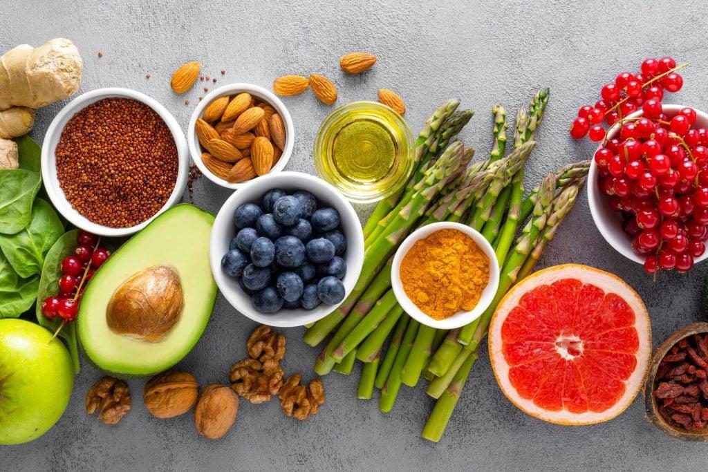 Monipuolisen ruokavalion puute voi olla yksi syy miksi paino ei putoa